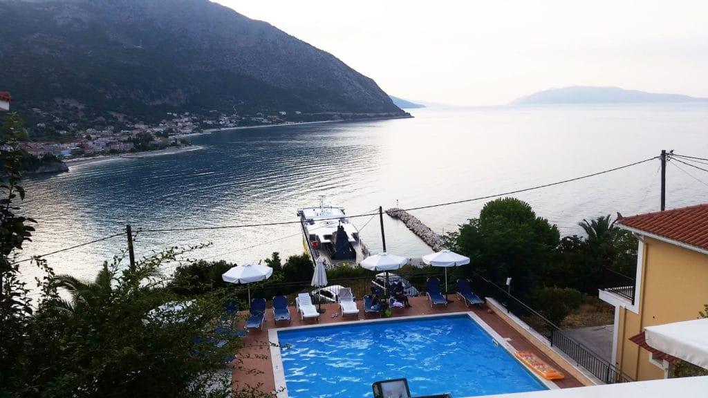 Vue depuis notre chambre à l'Oceanis Hotel à Poros, Céphalonie, Kefalonia, Grèce