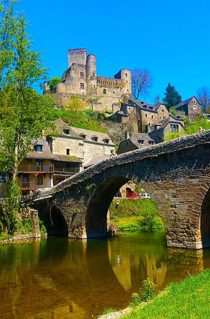 Belcastel, plus beaux villages de France, Aveyron
