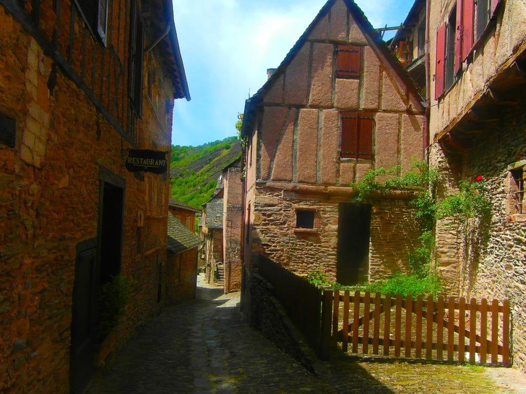 Conques, plus beaux villages de France, Aveyron