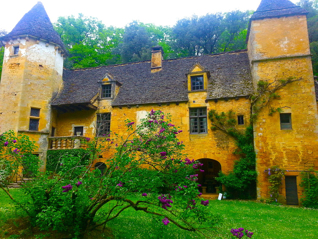 le château de Saint-Crépin et Carlucet dans le Périgord noir, Dordogne