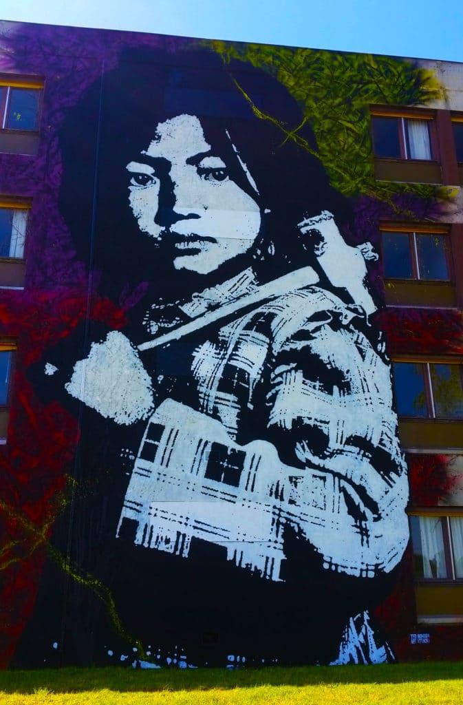 le pochoir du street artiste Ted Nomad à la Street Art City de Lurcy-Lévis, Allier