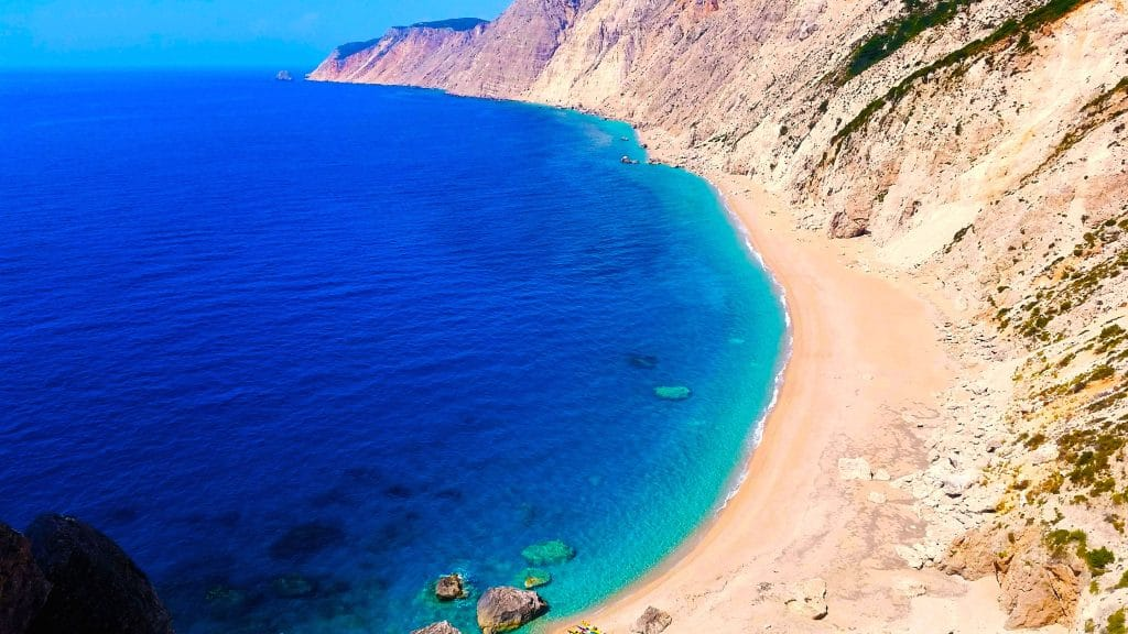 la plage paradisiaque de Platia Ammos à Céphalonie, Kefalonia.
