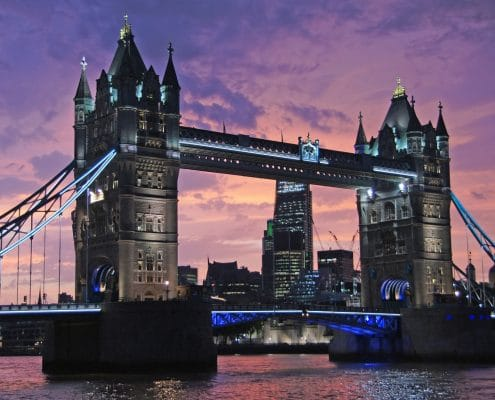 5 promandes à pied incontournables pour explorer Londres. Vue de Tower Bridge