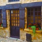 Découvre la région des Dombes dans le département de l'Ain, au nord de Lyon. Au menu : Châtillon-sur Chalaronne, Neuville-les-Dames et Pérouges