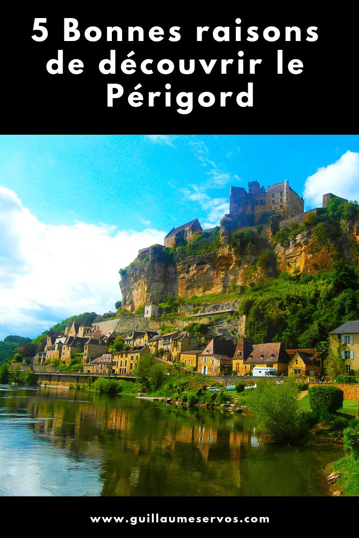 Découvrez le Périgord que j'aime : Sarlat, la vallée de la Vézère, ses plus beaux villages de France, ses jardins remarquables, ses châteaux et Périgueux.