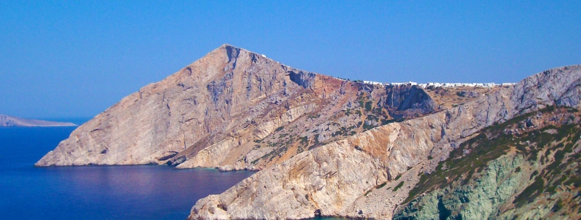 Découvre 5 lieux incontournables à voir à Folégandros, Grèce