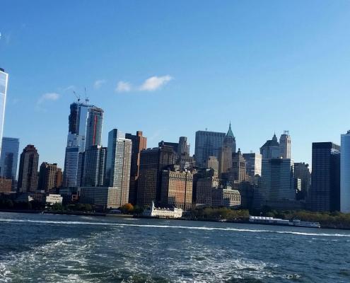 Prêt (e) à découvrirNew York à pied avec ma sélection des plus belles balades. Au menu : Midtown, Union Square, le Village, Harlem, Brooklyn...