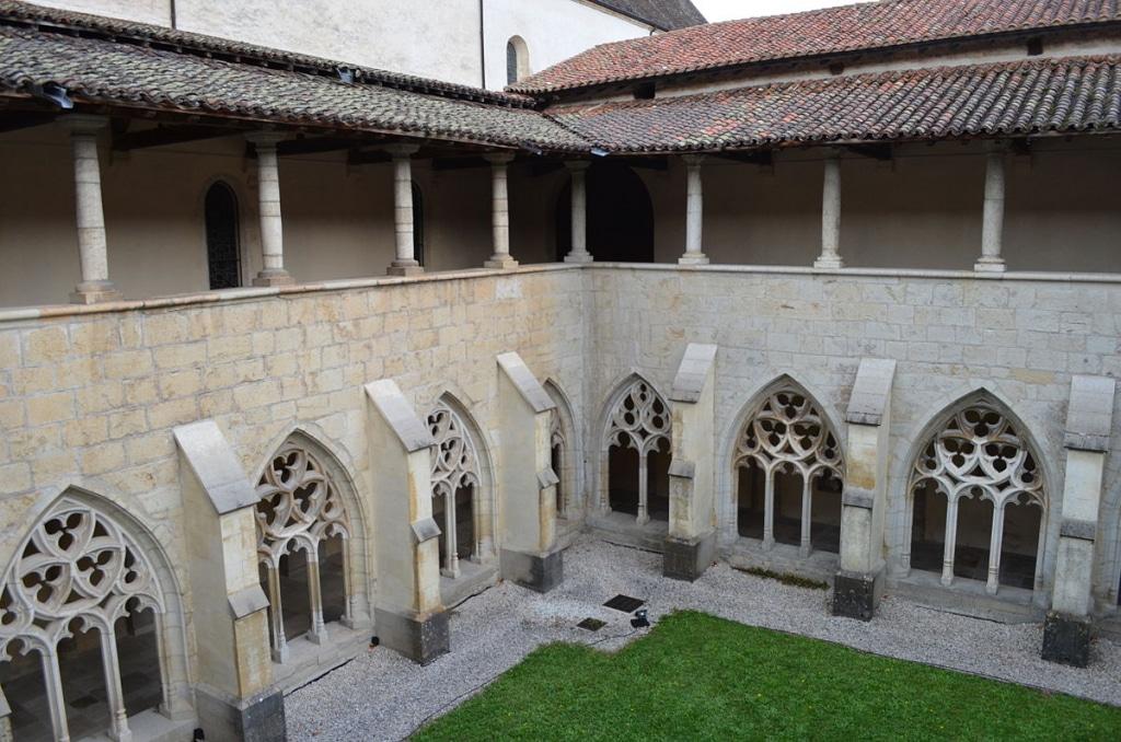 Ain hors des sentiers battus : l'Abbaye d'Ambronay