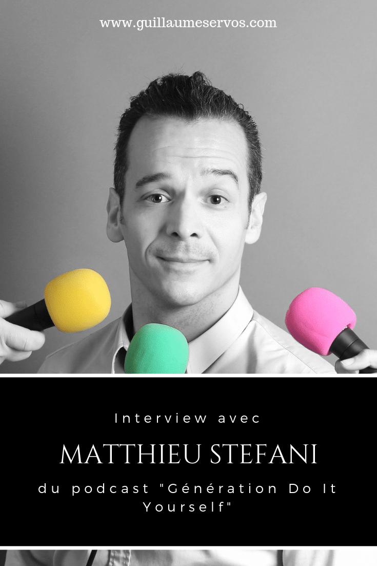 Découvre mon interview avec le marketeur Matthieu Stefani du podacast Génération Do It Yourself. Au menu : son rapport au podcast, aux réseaux sociaux et au voyage.