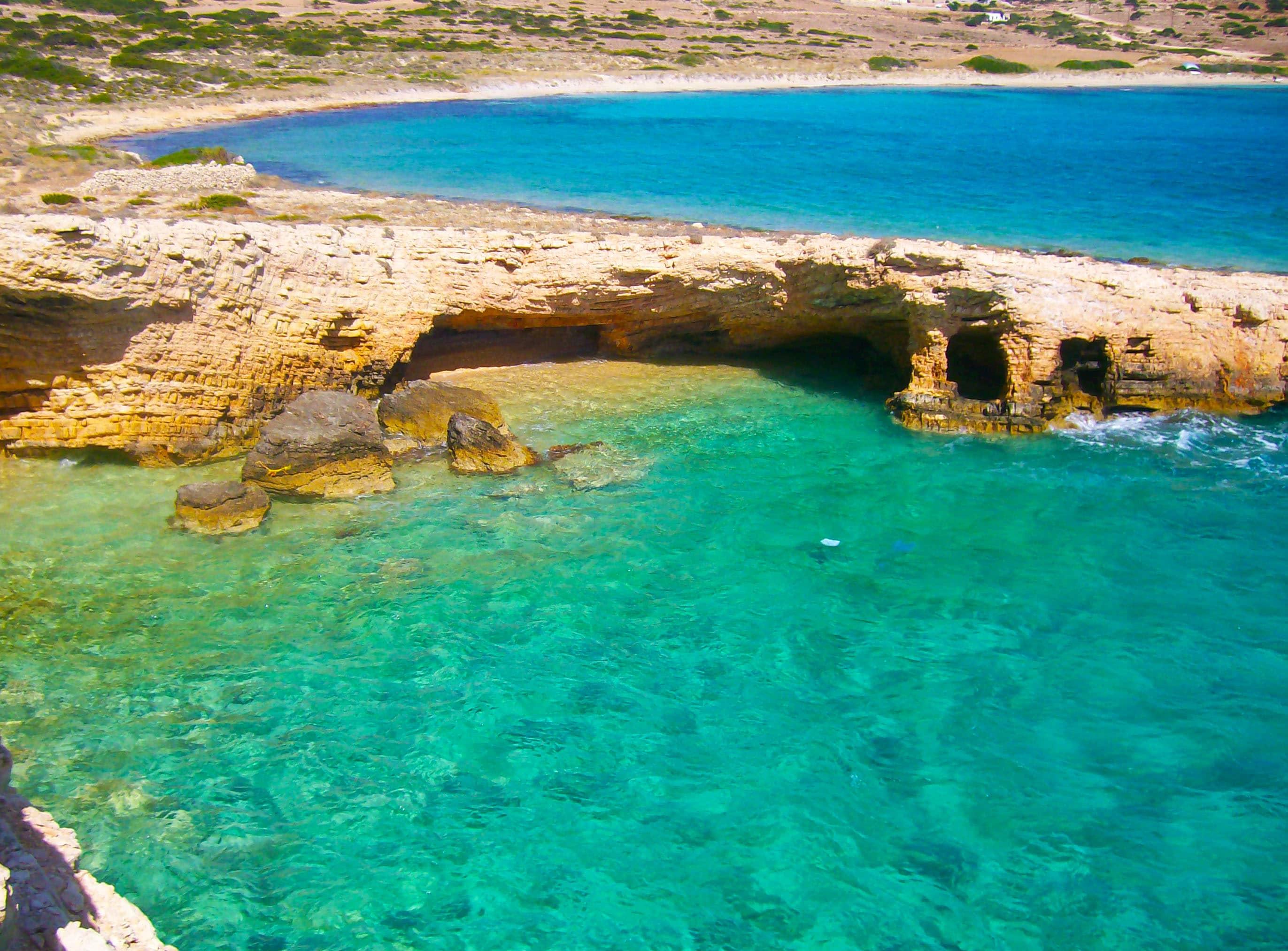 Koufonissia au large d'Amorgos en Grèce parmi les 25 lieux incroyables à voir en Europe que tu ne connais pas