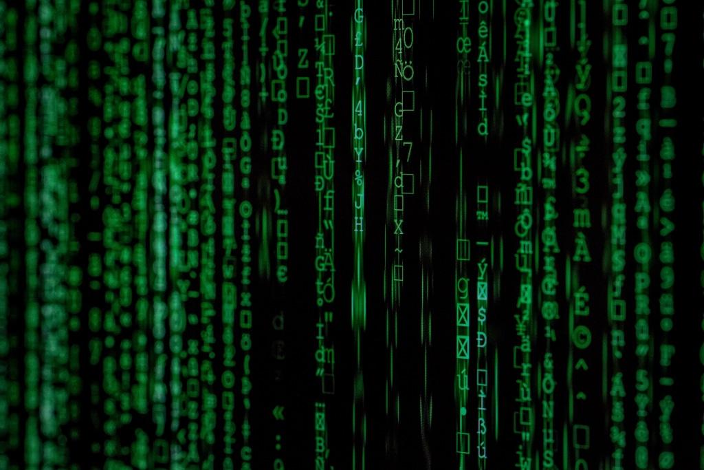 hostilité contre les algorithmes, l'excès de confiance et l'économie comportementale