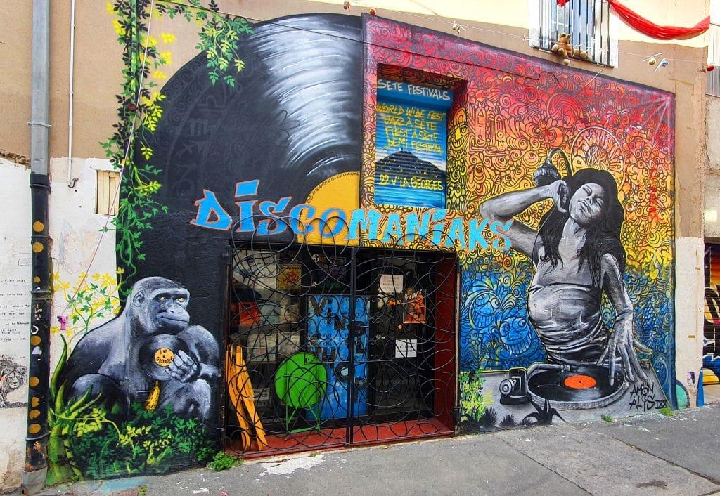 la fresque d'Amonalis, rue de Tunis à Sète