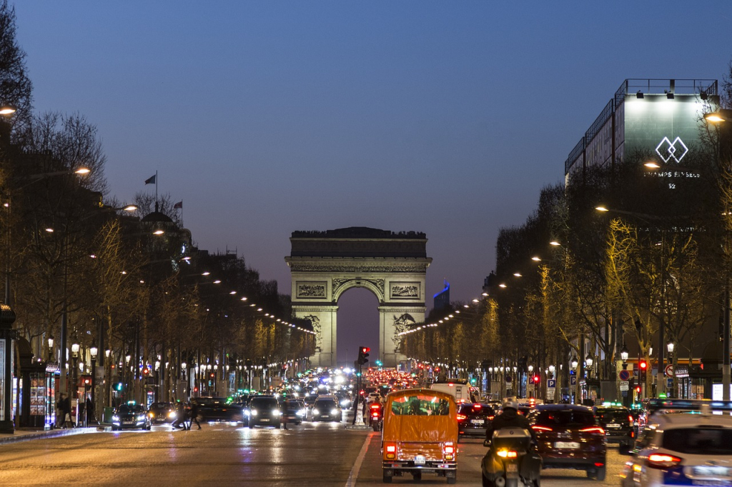 Napoléon voulait construire un éléphant géant à sa gloire à la place de l'Arc de Triomphe, anecdotes insolites sur Paris
