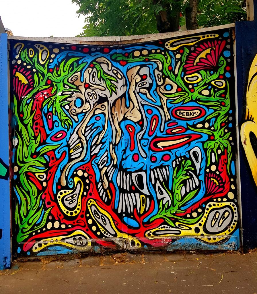 Entre figuration et abstraction avec Bebar à la Butte-aux-Cailles, street art Paris.