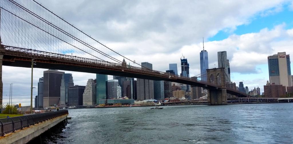 Brooklyn Bridge, New York à pied