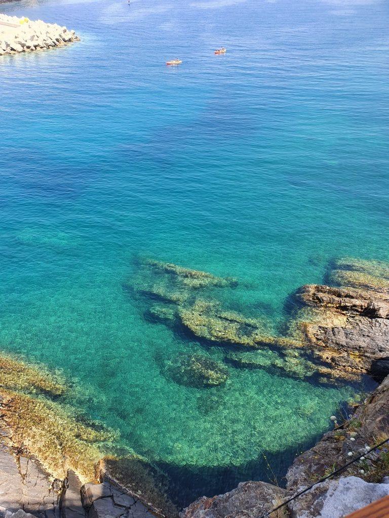 La couleur de la mer à Cerbère (France)