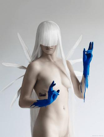Apart 2.0 tiré de la collection de Fallen Angels pour Free Spirit avec Elodie De Zelac et Delphine Cencig