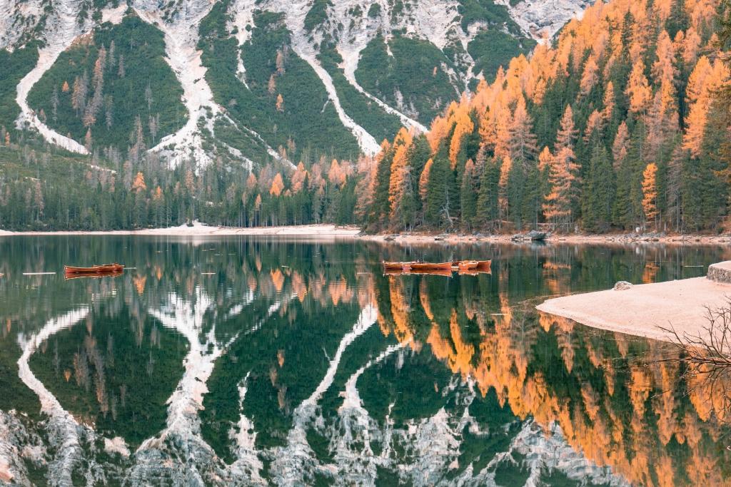 Les Dolomites (Italie) en Automne par Ariane.