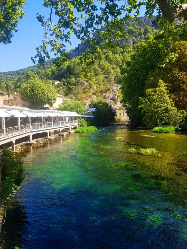 Fontaine de Vaucluse (pays de Sorgue) dans la région d'Avignon