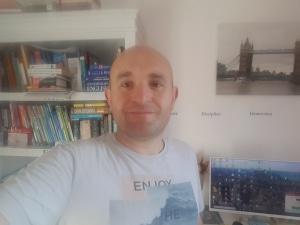 Interview de Guillaume Servos (social media manager et spécialiste Google-Facebook-Pinterest) pour le site internet Bien Dans Ta Boite de Laura Besson