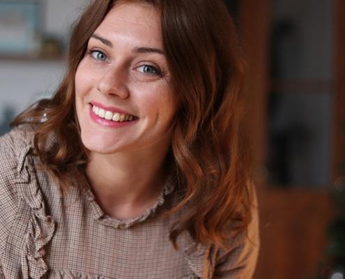 Découvre mon interview avec la copywriteur freelance Emilie Mahaux. Au menu : son rapport au blogging, aux réseaux sociaux et au voyage.