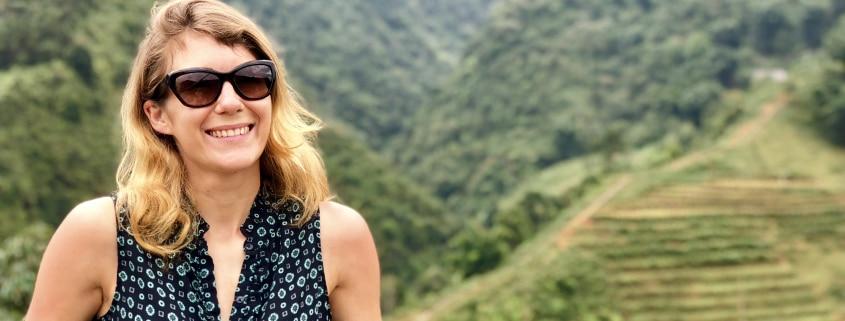 Découvre mon interview avec Emmanuelle du podcast En éclaireur. Au menu : son rapport au podcast, aux réseaux sociaux, au voyage et sa carte blanche.