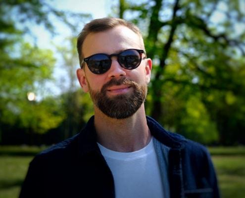Découvre mon interview avec l'entrepreneur et le youtuber Kevin Bodin. Au menu : son rapport à l'entrepreneuriat, à sa chaîne YouTube, aux réseaux sociaux et au voyage.