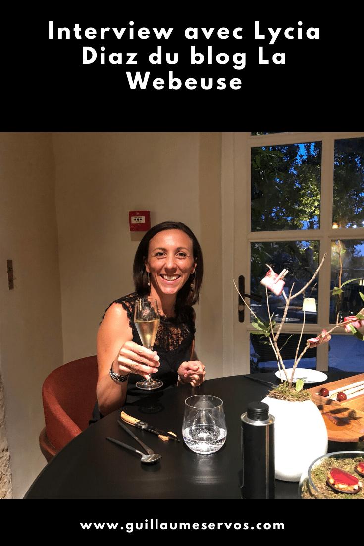 Découvre mon interview avec Lycia Diaz du blog La Webeuse. Au menu : son rapport au freelancing, au blogging, aux réseaux sociaux et au voyage.