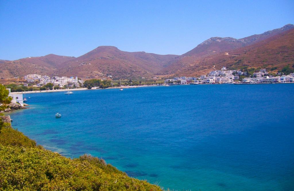 Sur le chemin pour aller se baigner près de Katapola à Amorgos, Grèce