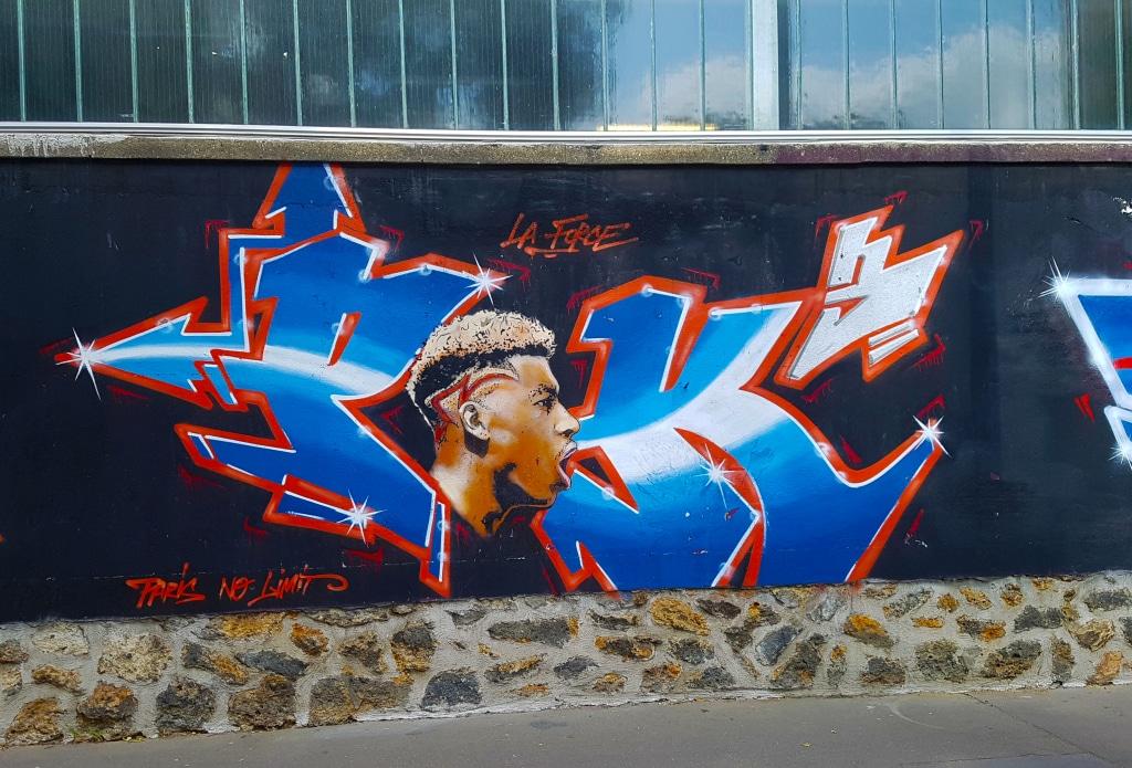 le joueur du PSG Presnel Kipembe, rue d'Aubervilliers, street art Paris.
