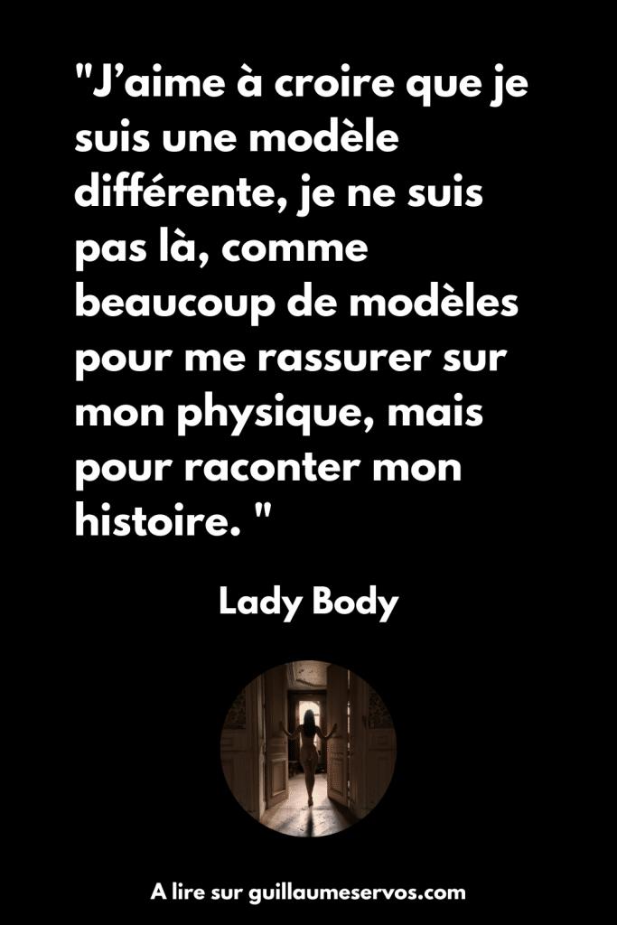 Quand la modèle photo Lady Body se présente
