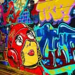 Tu aimes le street art ? Découvre les 5 meilleurs villes en Europe pour voir de l'art urbain. Au menu : Londres, Athènes, Lisbonne, Berlin, Paris
