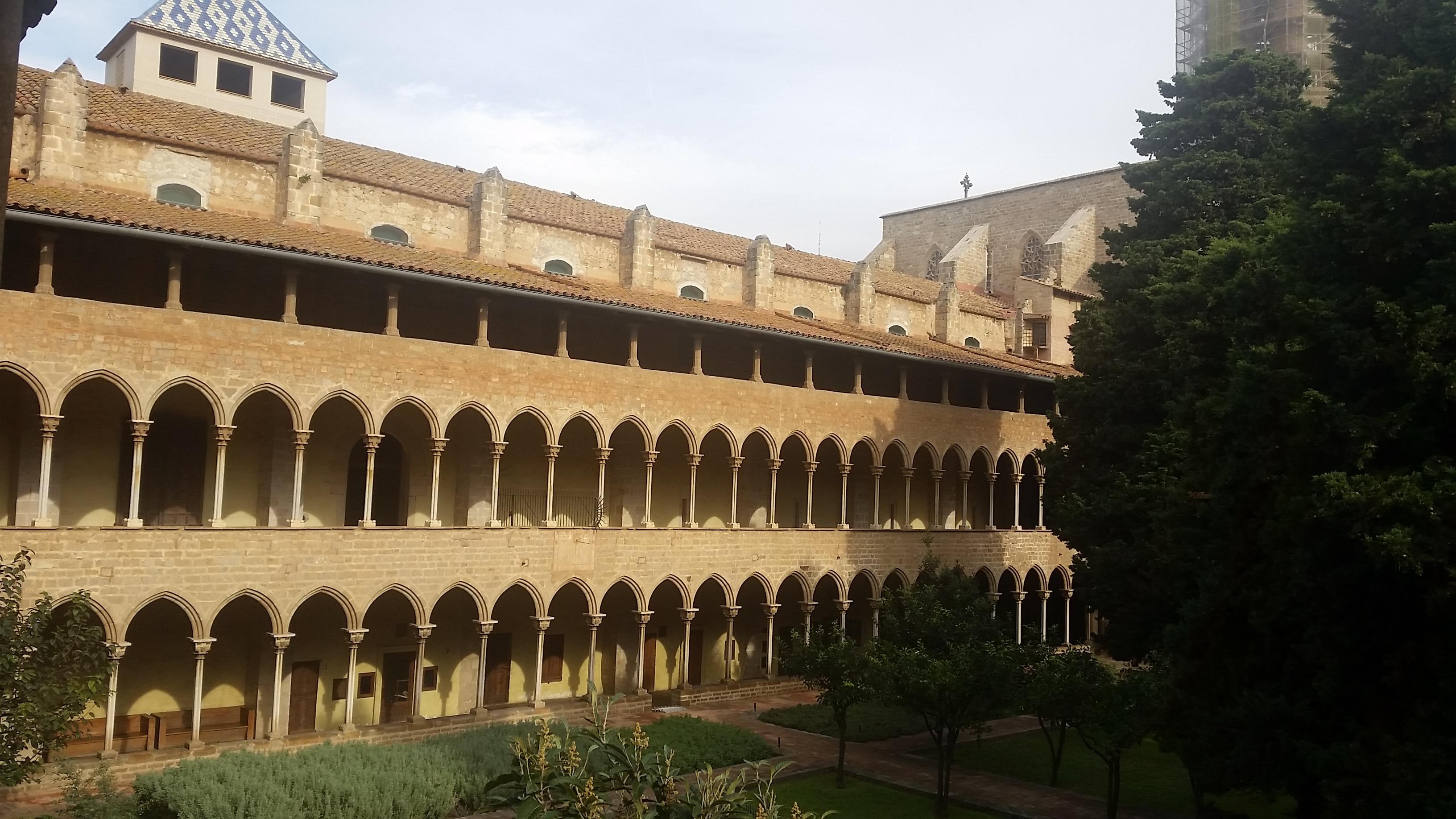 le monastère de Pedralbes à Barcelone parmi les 25 lieux incroyables en Europe