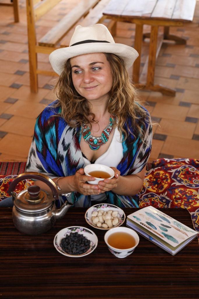 Ariane, journaliste-photographe et blogueuse de voyage passionnée pour Itinera Magica.