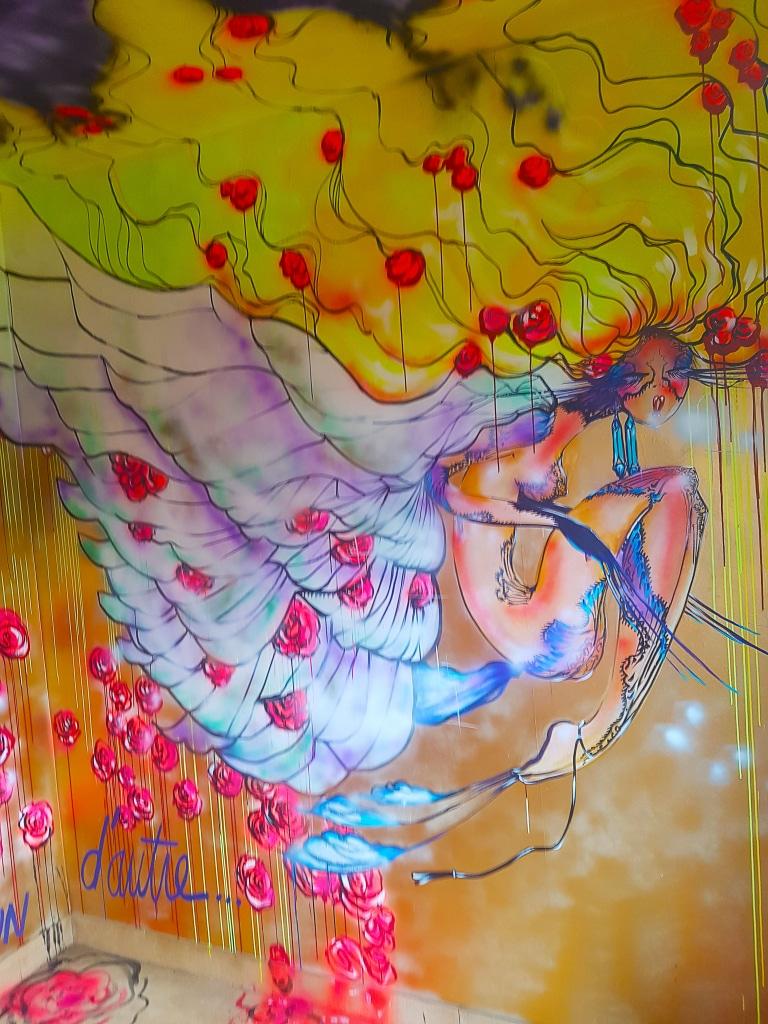 La chambre Liberté de Rachel Bergeret à l'HOTEL 128 de la Street art City