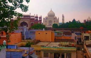 Rooftop Bar dans Taj Ganj , roadtrip en Inde