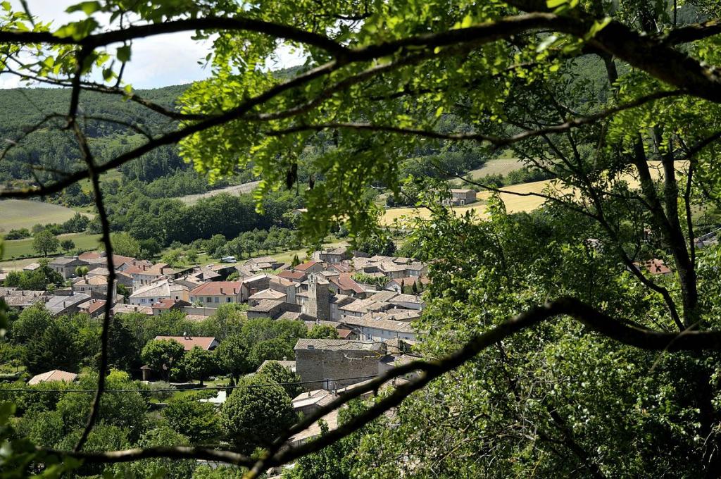 Saou, Bourdeaux, le Poët-Célard, Drôme hors des sentiers battus