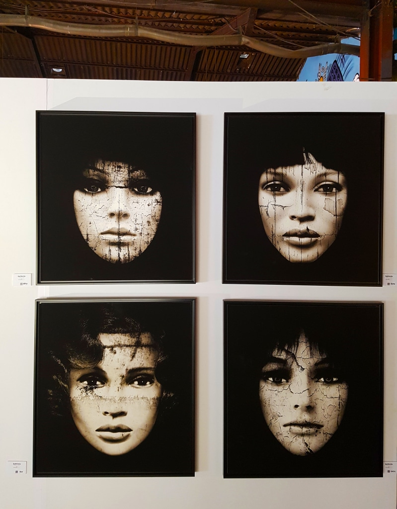 Né à la mort de la mère de Softtwix, son projet E.Doll vise à exprimer combien les femmes vivent sous le regard de l'autre.
