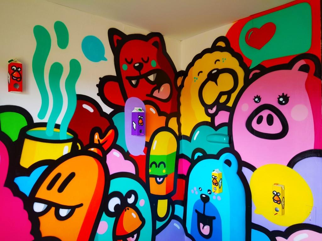 La chambre de Pec à l'HOTEL 128 de la Street Art City