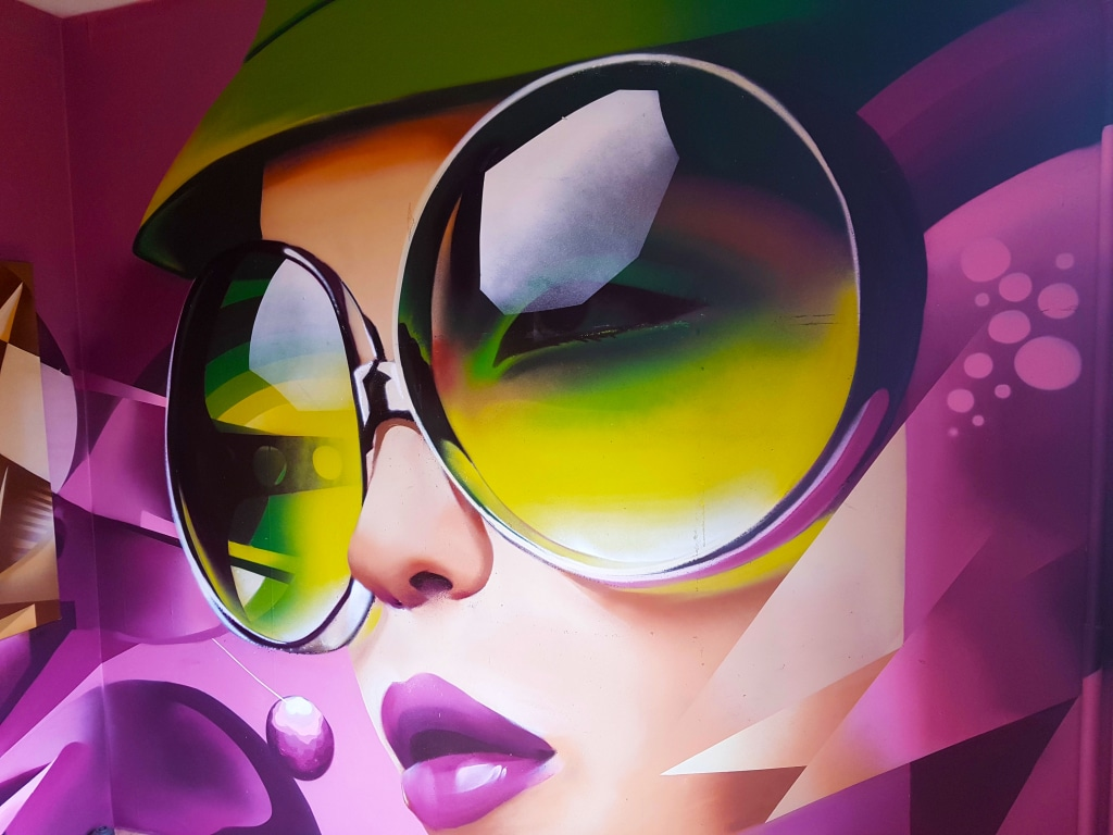 Bienvenue à l'HOTEL 128 de la Street Art City