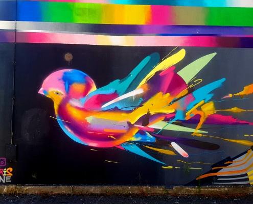Tu es à Grenoble ? Tu aimes le street art ? Découvre ma balade dans les quartiers de Grand Place, Capuche, Berriat avec son itinéraire détaillé en bonus.