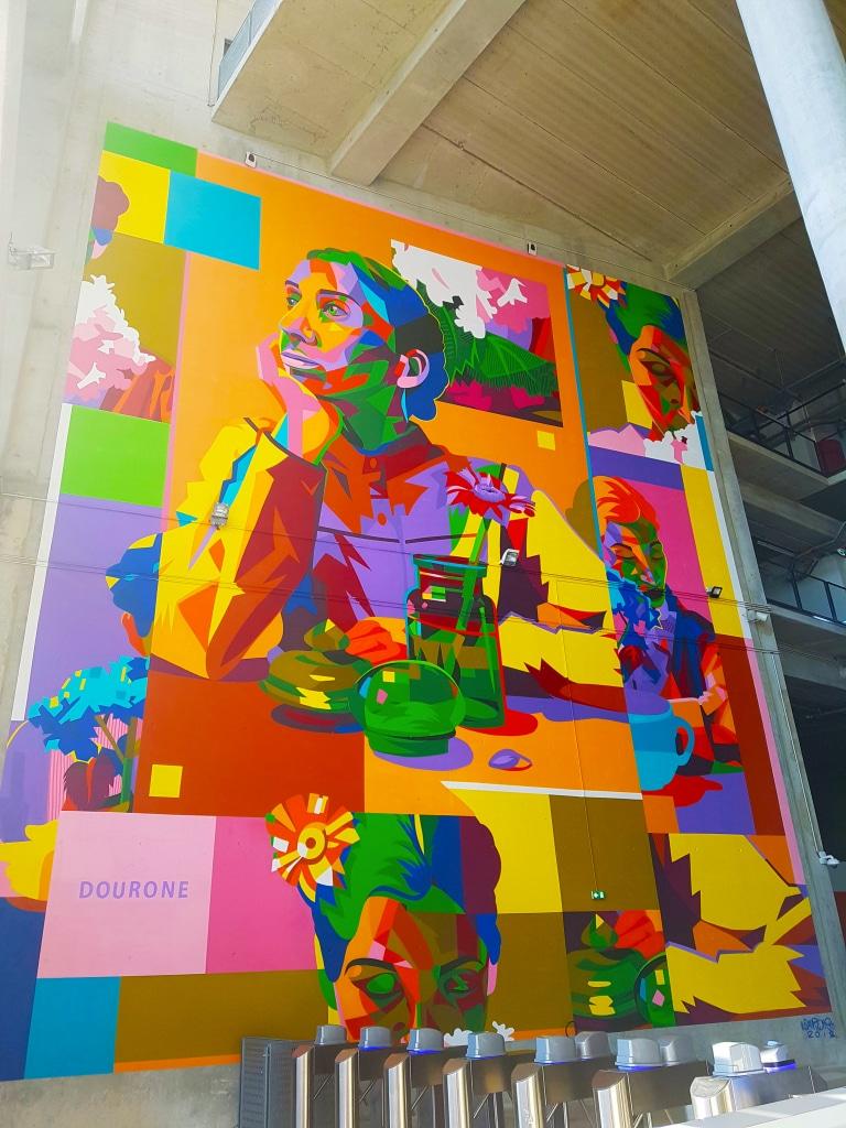 Dourone pour l'exposition street art Offside Gallery au Groupama Stadium