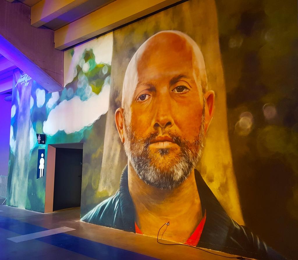 Mantra à l'exposition street art Offside Gallery au Groupama Stadium, Lyon