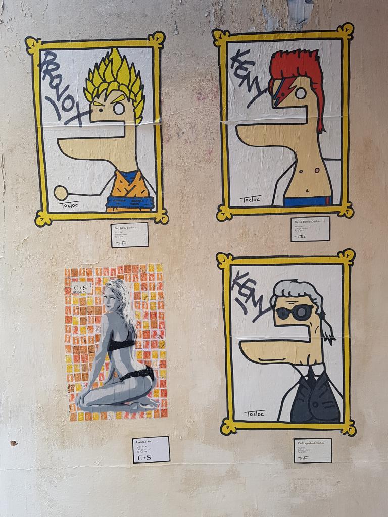 Toctoc est dans le Marais, street art Paris.