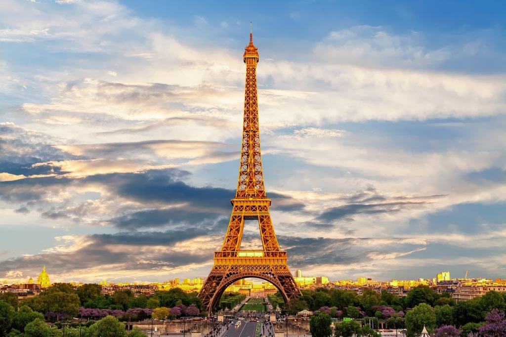 La tour des 300 mètres ou la tour Eiffel, anecdotes insolites sur Paris