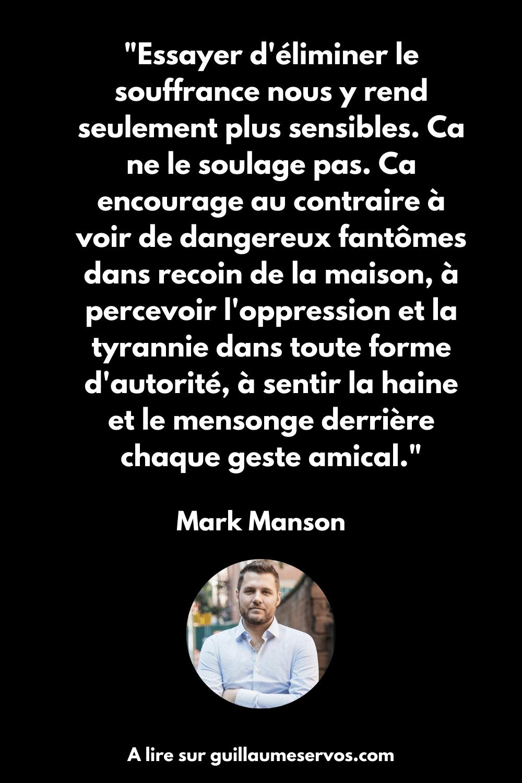 Dans Tout est foutu, Mark Manson décode les mécanismes de l'espoir et analyse pourquoi nous nous sentons plus déprimés que jamais.