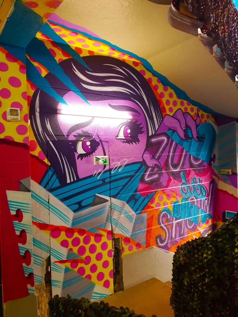 Les escaliers en street art de Y?Not, Lyon.
